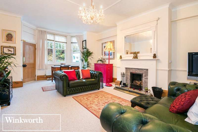 3 Bedrooms Flat for sale in Third Avenue, Hove, East Sussex, BN3