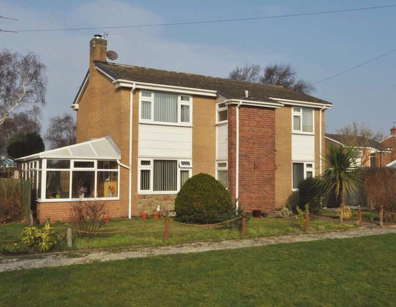 3 Bedrooms Detached House for sale in The Goose Green, Meols, Wirral