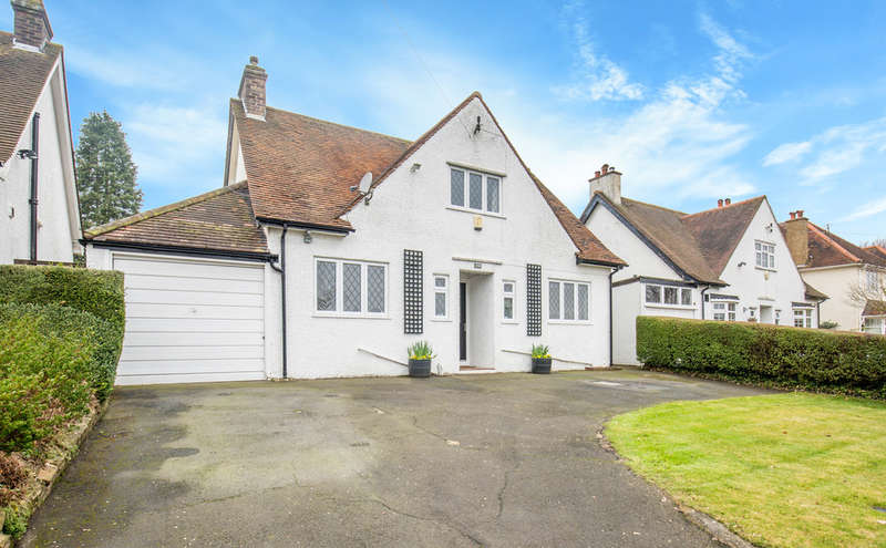 3 Bedrooms Detached House for sale in Riddlesdown Road, Purley, CR8 1DE