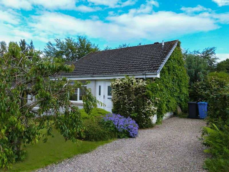 2 Bedrooms Semi Detached Bungalow for sale in Well presented Two Bedroom Bungalow Blarmore Avenue, Inverness