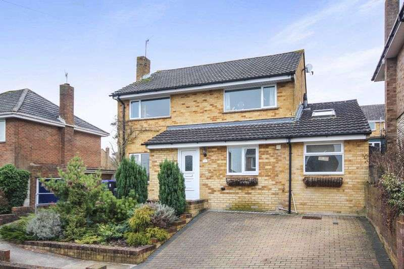 5 Bedrooms Detached House for sale in LAVERSTOCK, SALISBURY, SP1