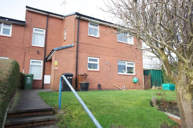 4 Bedrooms Semi Detached House for sale in Glencoe Gardens, Kippax, East Yorkshire, LS25