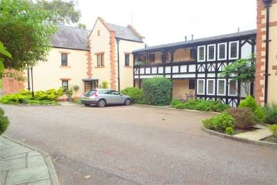 2 Bedrooms Flat for rent in Caldy Mews, Caldy Wood, Caldy