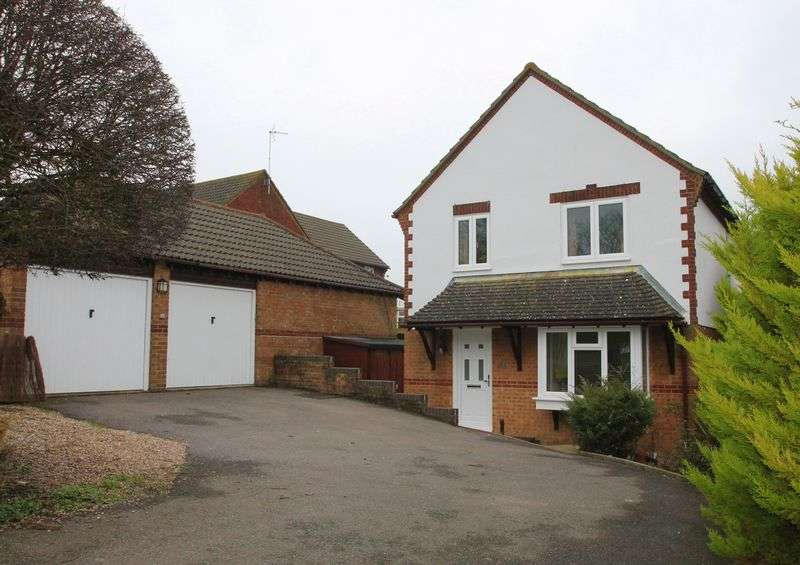 4 Bedrooms Detached House for sale in Lyminge