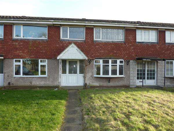3 Bedrooms Terraced House for sale in TINTERN WALK, GRIMSBY
