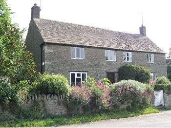 2 Bedrooms House for sale in Nene Cottage, Pilton, Northants, PE8 5SN