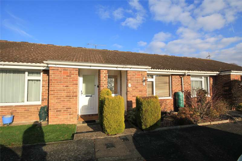 1 Bedroom Terraced Bungalow for sale in Kenton Way, Woking, Surrey, GU21