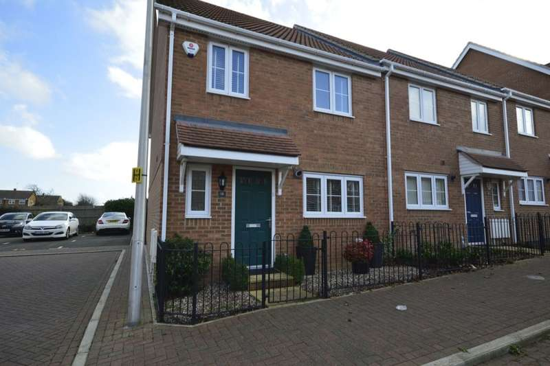 3 Bedrooms Property for sale in Emmeline Close, Rainham, GILLINGHAM, ME8