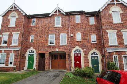 4 Bedrooms Terraced House for sale in Mellor Close, Blackburn, Lancashire, BB2