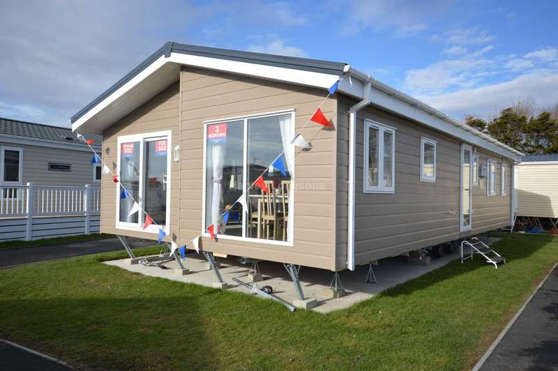 3 Bedrooms Lodge Character Property for sale in Rye Harbour Holiday Park, Rye Harbour, Rye