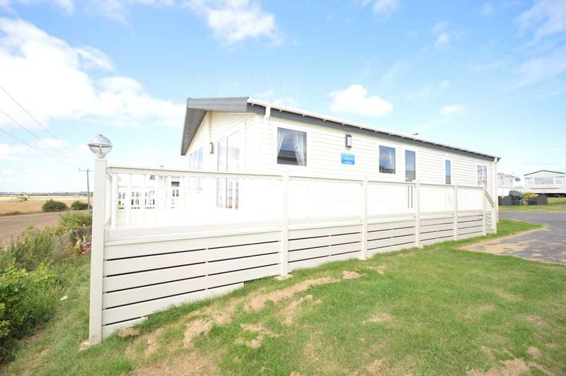 2 Bedrooms Lodge Character Property for sale in Harts Holiday Park, Leysdown Road, Leysdown On Sea, Isle Of Sheppey