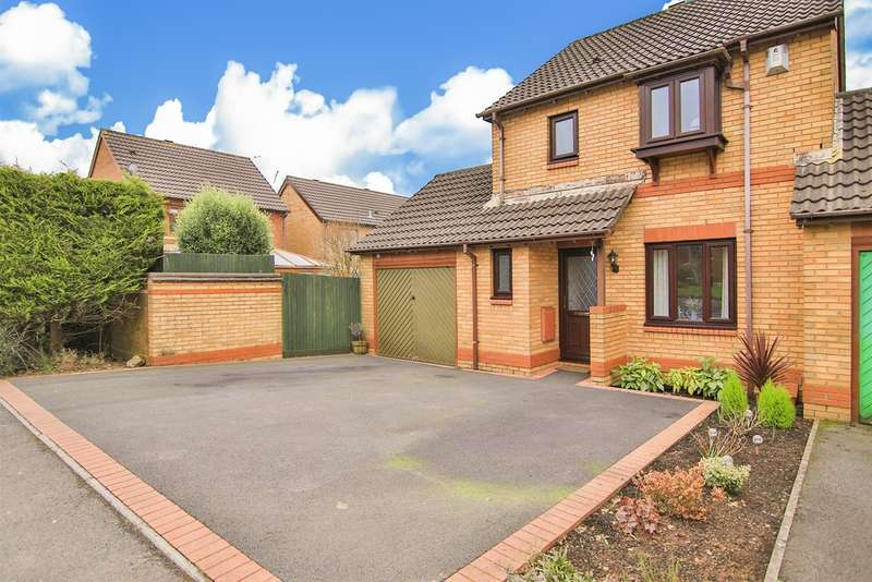 3 Bedrooms Detached House for sale in Heol Y Barcud, Thornhill, Cardiff