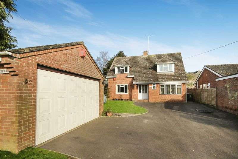5 Bedrooms Detached House for sale in HIGH STREET, FIGHELDEAN, SALISBURY, SP4