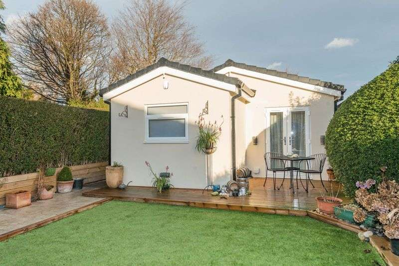 2 Bedrooms Detached Bungalow for sale in Lyminster Road, Wadsley Bridge, S6 1HY - Detached Bungalow With Semi-Detached Home