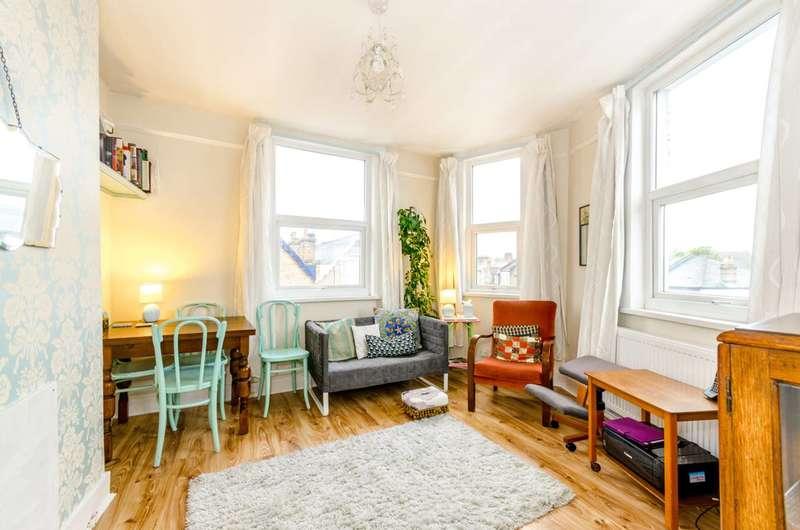 1 Bedroom Maisonette Flat for sale in Myddleton Road, Bowes Park, N22