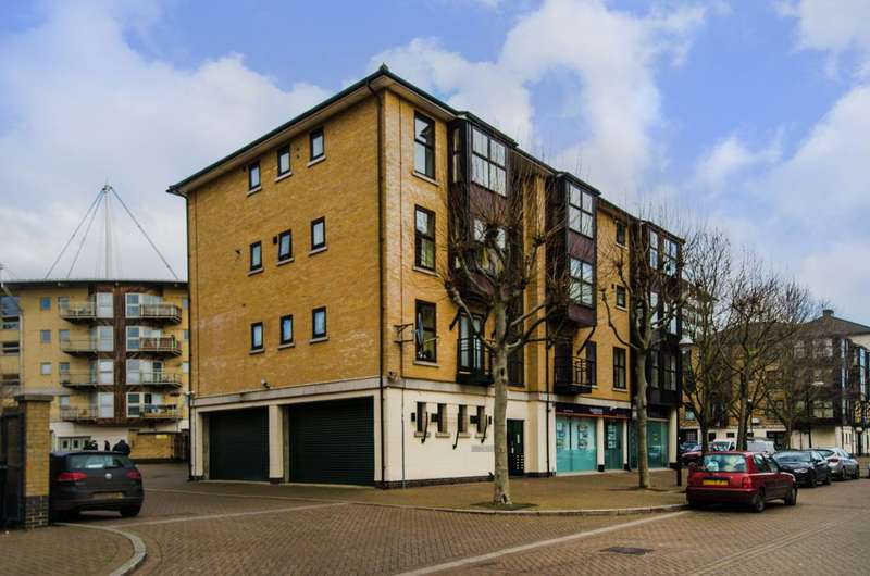 2 Bedrooms Flat for sale in Conrad House, Royal Docks, E16