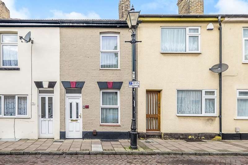 3 Bedrooms Property for sale in West Street, Gillingham, ME7