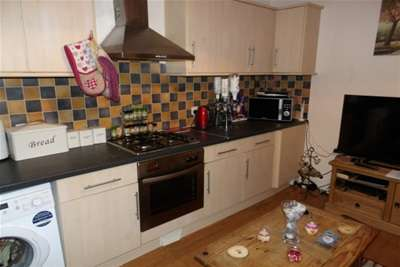 1 Bedroom Semi Detached House for rent in STUDENT HOME   Flecther Road, Beeston, NG9