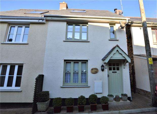 3 Bedrooms Semi Detached House for sale in Cheriton Fitzpaine, Crediton, Devon