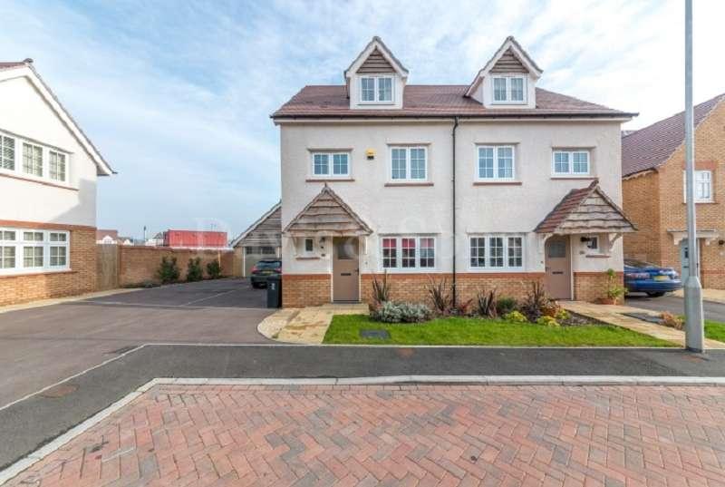 4 Bedrooms Semi Detached House for sale in Llanvair Grange Close, Mon Bank, Newport. NP20 2QN