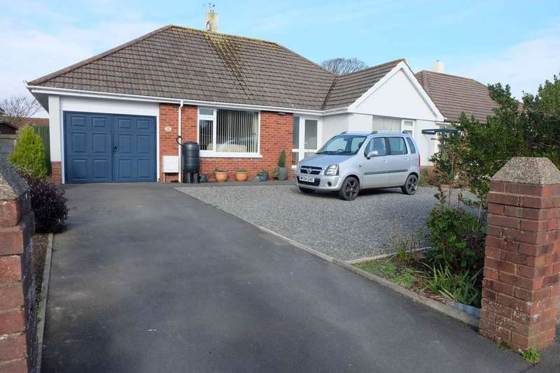 3 Bedrooms Detached Bungalow for sale in St Andrews Road, Fremington