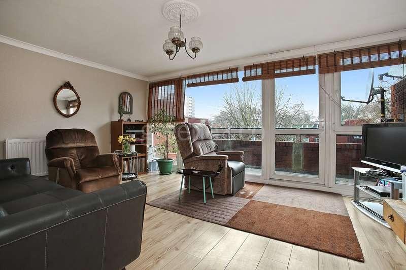 3 Bedrooms Maisonette Flat for sale in Steadman Court, 165 Old Street, London, EC1V