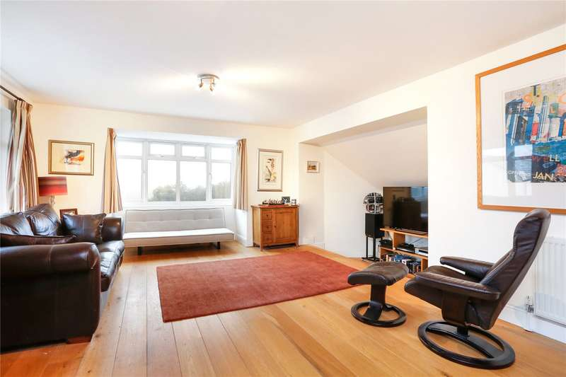 2 Bedrooms Flat for sale in Church Road, Penn, Buckinghamshire, HP10