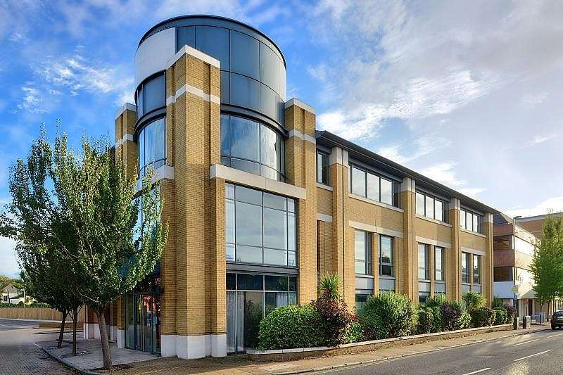 Studio Flat for sale in 'Venture House', 42-52 London Road, Staines-Upon-Thames, TW18