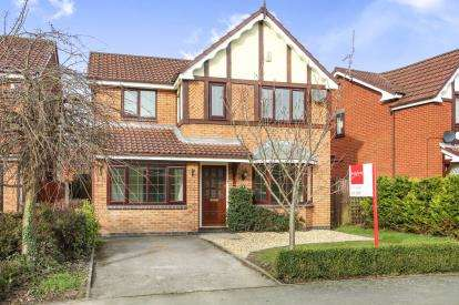 4 Bedrooms Detached House for sale in Thornbrook Way, Ettiley Heath, Sandbach, Cheshire
