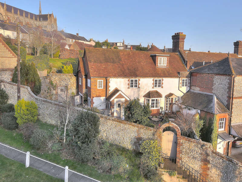 3 Bedrooms Semi Detached House for sale in Mount Pleasant, Arundel