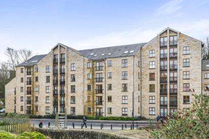 2 Bedrooms Flat for sale in Lune Square, Damside Street, Lancaster, ., LA1