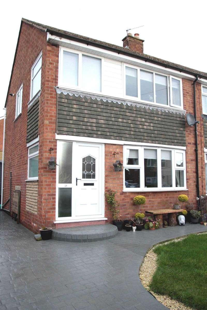 3 Bedrooms Semi Detached House for sale in Grange Lane, Newton