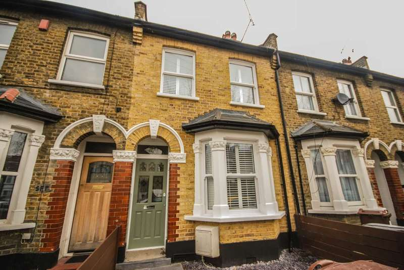 4 Bedrooms Terraced House for sale in Sophia Road, Leyton
