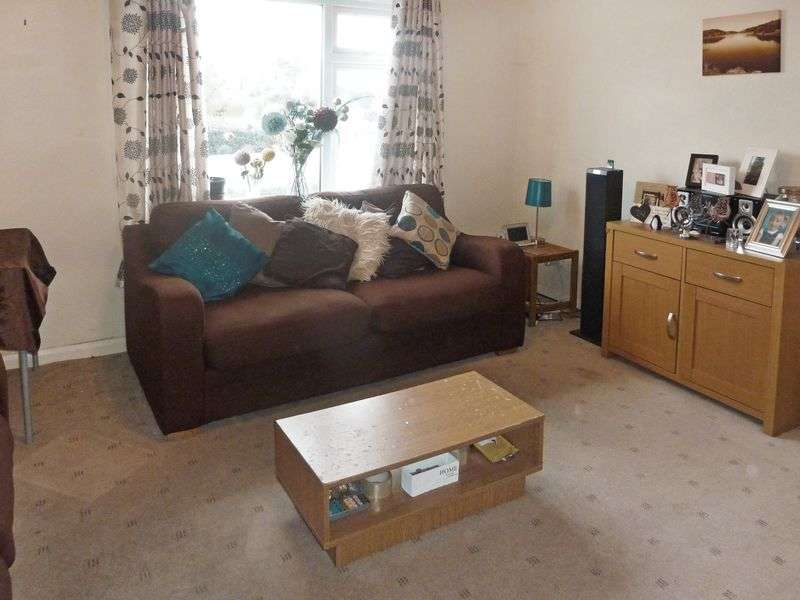 2 Bedrooms Flat for sale in Imperial Buildings, Exeter Road, Kingsteignton