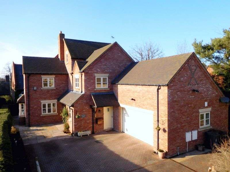 4 Bedrooms Detached House for sale in The Butts, Betley