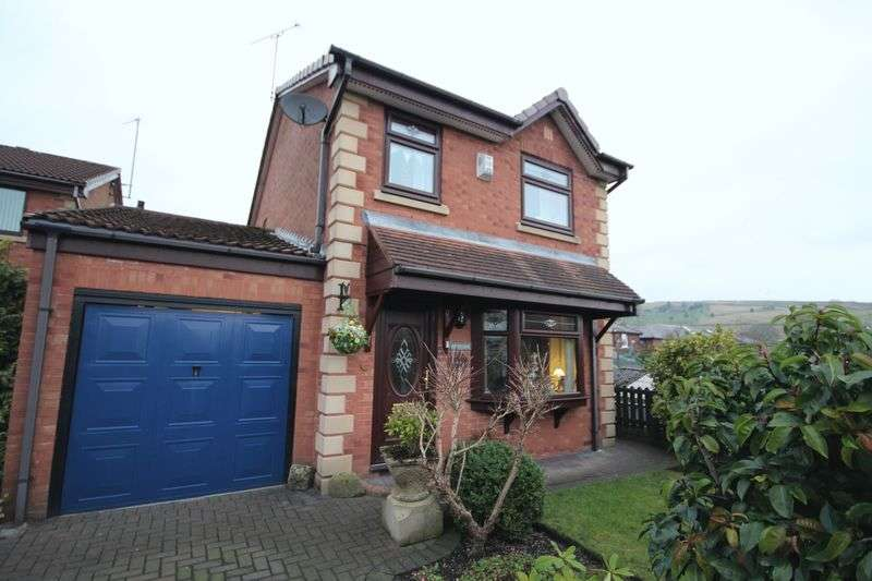 3 Bedrooms Detached House for sale in MARTINS FIELD, Norden, Rochdale OL12 7NT