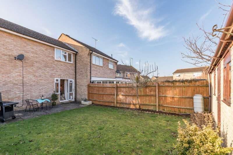 2 Bedrooms Terraced House for sale in Blenheim Rise, King`s Sutton