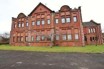1 Bedroom Flat for sale in Redhouse Court, Blackburn, Bathgate, EH47