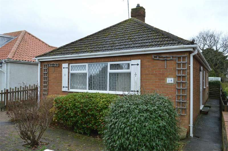 2 Bedrooms Detached Bungalow for sale in Chrystals Road, Hornsea, East Riding of Yorkshire