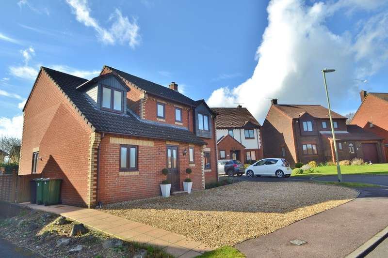 6 Bedrooms Detached House for sale in Valley Park