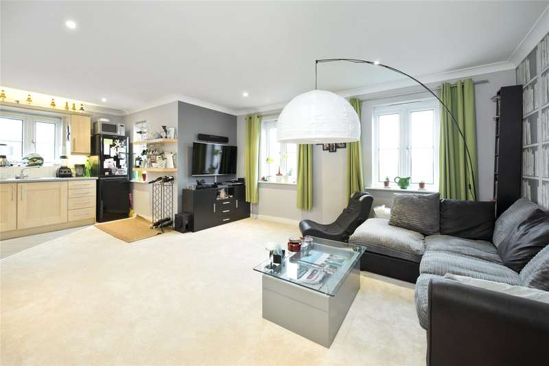 1 Bedroom Flat for sale in Trafalgar Court, Cobham, Surrey, KT11