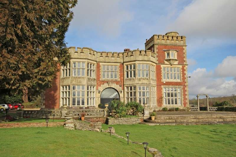 2 Bedrooms Apartment Flat for sale in Ossemsley, Christchurch