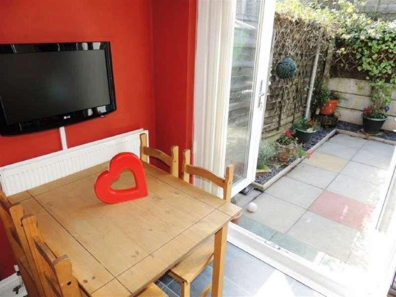 3 Bedrooms Property for sale in Greenside Lane, Droylsden, Manchester
