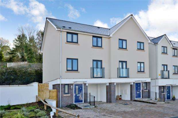 3 Bedrooms Semi Detached House for sale in Webster Close, Newton Abbot, Devon