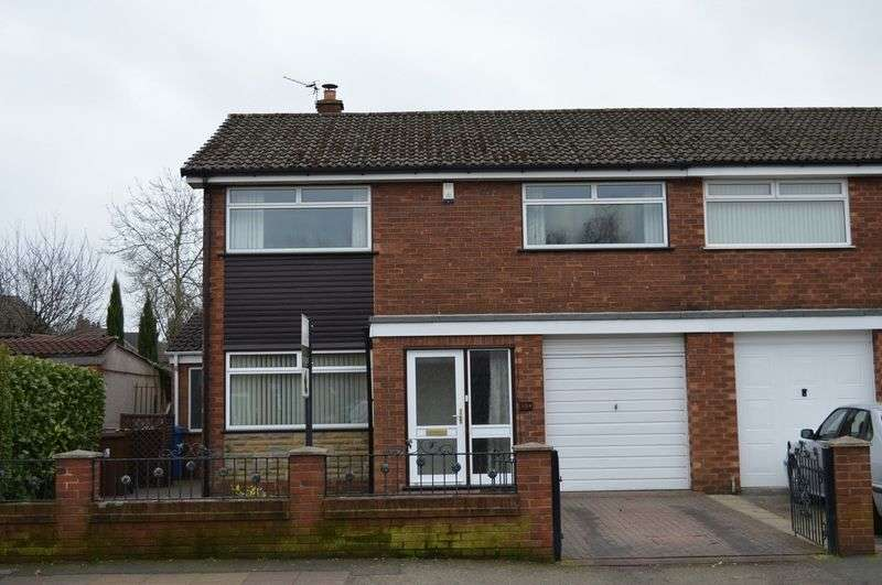 3 Bedrooms Semi Detached House for sale in The Avenue, Leigh, WN7 1HE