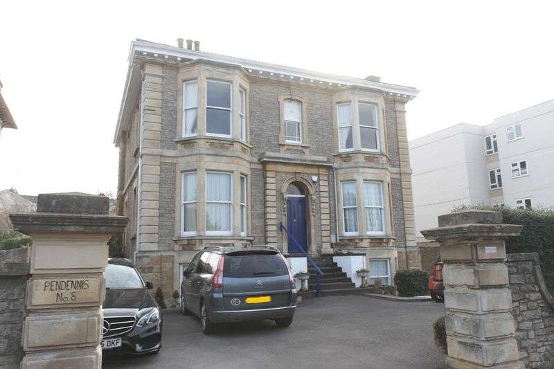 3 Bedrooms Flat for sale in 8 Elton Road, Clevedon