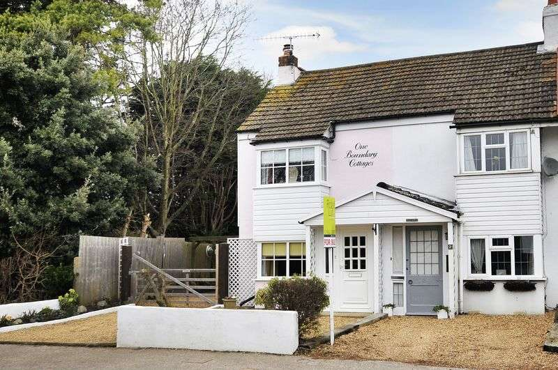 2 Bedrooms Terraced House for sale in Worthing Road, Rustington
