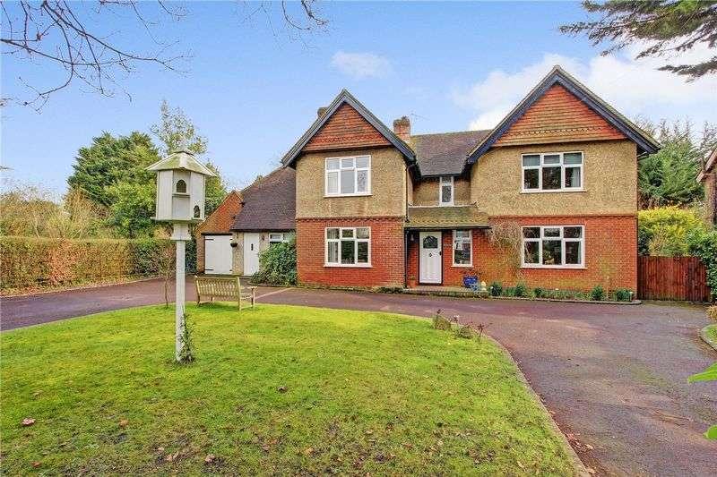 5 Bedrooms Detached House for sale in Danes Road, Awbridge, Romsey, Hampshire