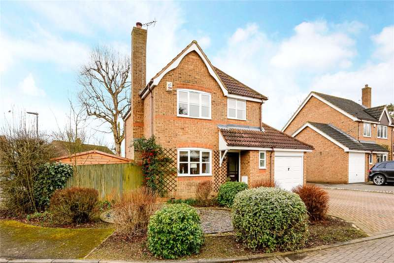 3 Bedrooms Detached House for sale in Mary Cross Close, Wigginton, Tring, Hertfordshire, HP23