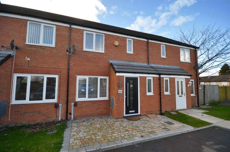 3 Bedrooms Terraced House for sale in Sutherland Road, Heywood